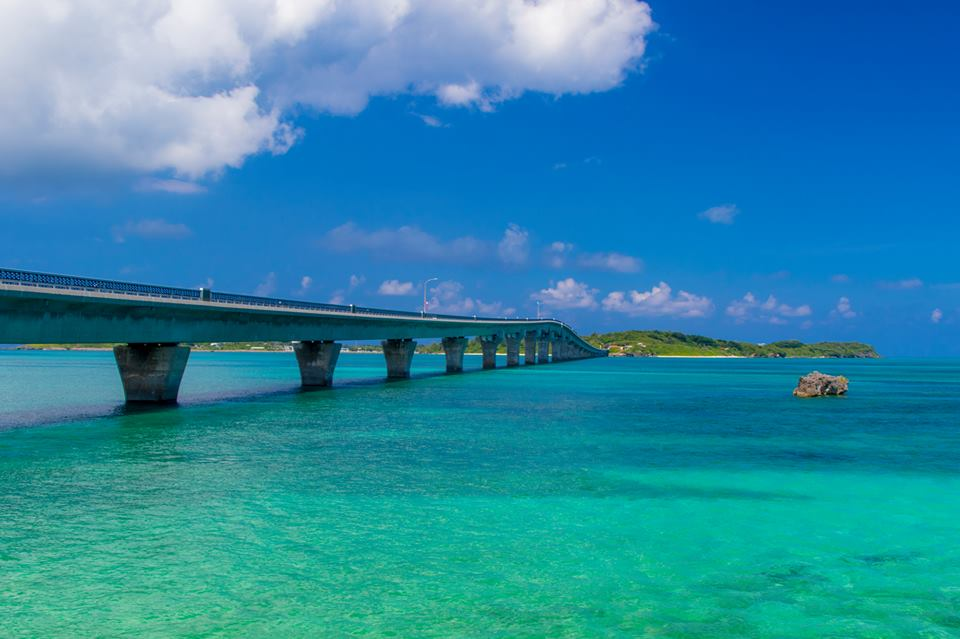 避暑地の沖縄&北海道に研修で行きたい人いますよね!?